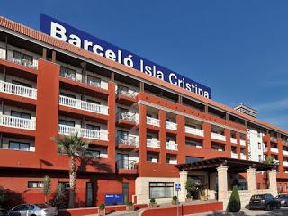 El Hotel Barceló de Isla Cristina cerrará si no se abre el puente de acceso a la playa de la Gaviota