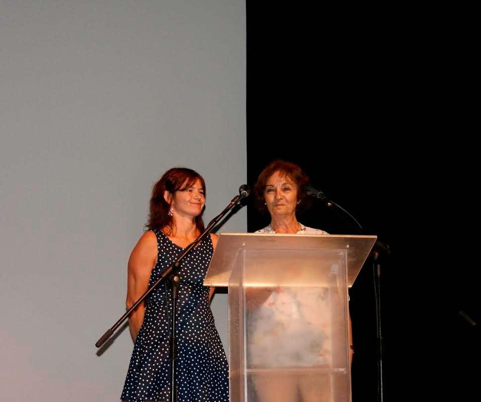 La concejala de Educación asiste a la Gala de Graduación del IES Galeón de Isla Cristina