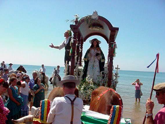 Romería y Teatro como oferta complementaria al sol y playa de Isla Cristina