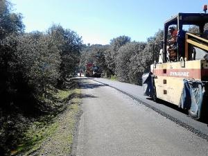 Diputación aprueba obras de mejora en cuatro carreteras de la provincia entre la que se encuentran la que une La Redondela con Pozo del Camino