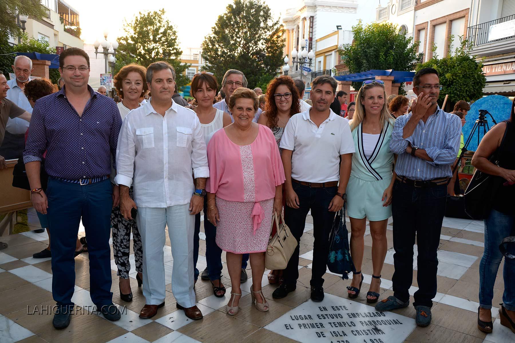Isla Cristina celebró anoche con gran éxito su 'Noche de Luz'