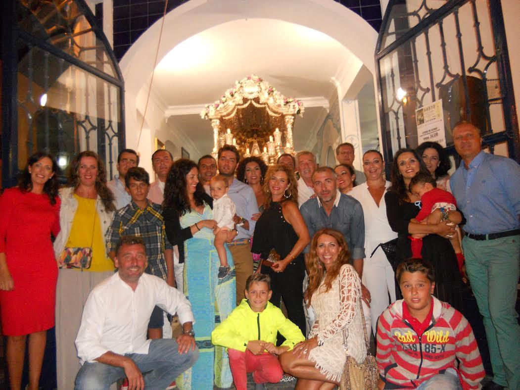El Coro Tintineo cantó la Salve en la Casa Hermandad del Rocío de Isla Cristina