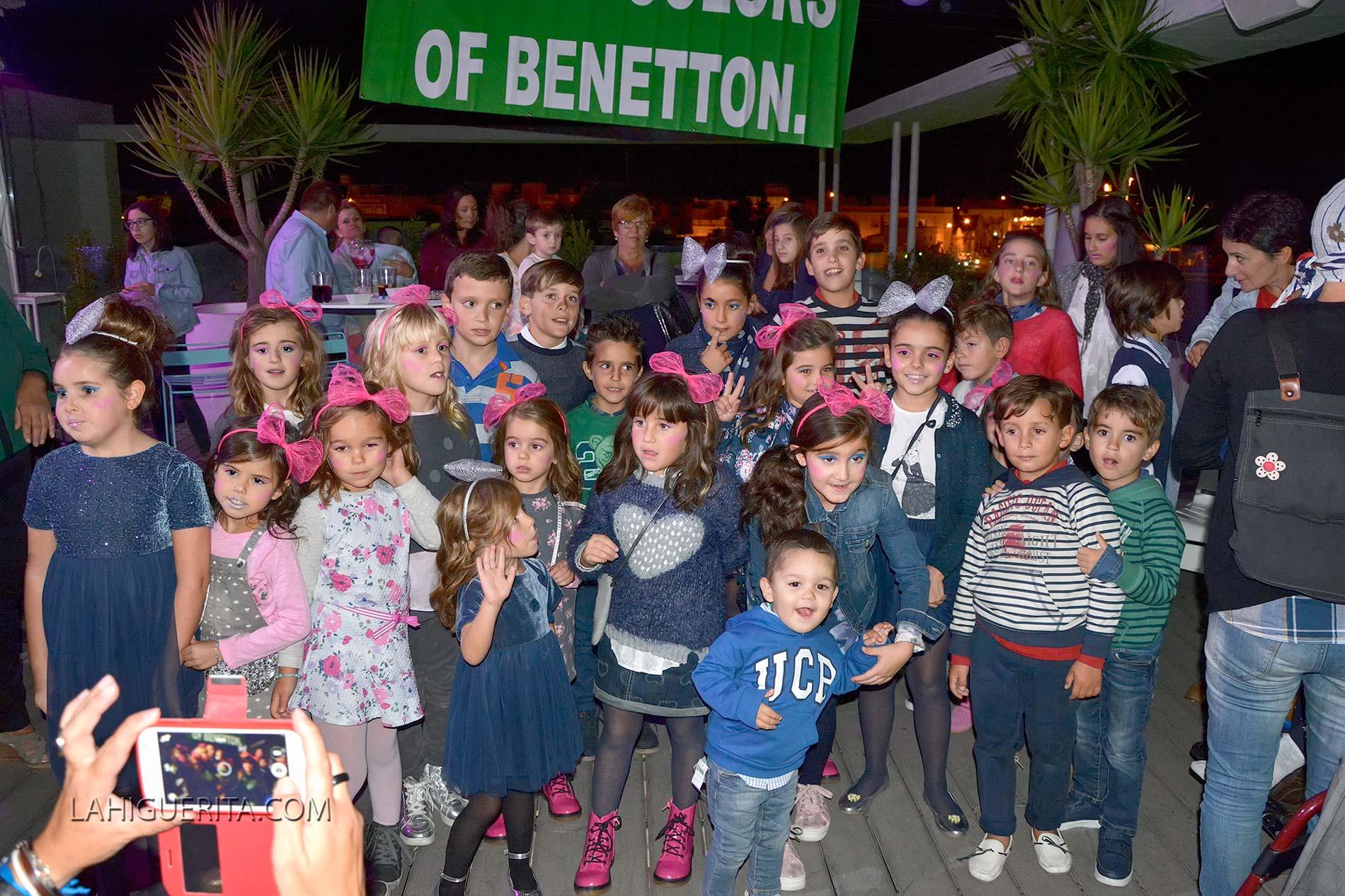 Pase de moda organizada por Benetton Isla Cristina