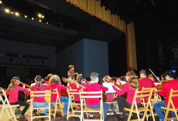 Mas de un centenar de escolares participan en el concierto del Conservatorio de Música isleño