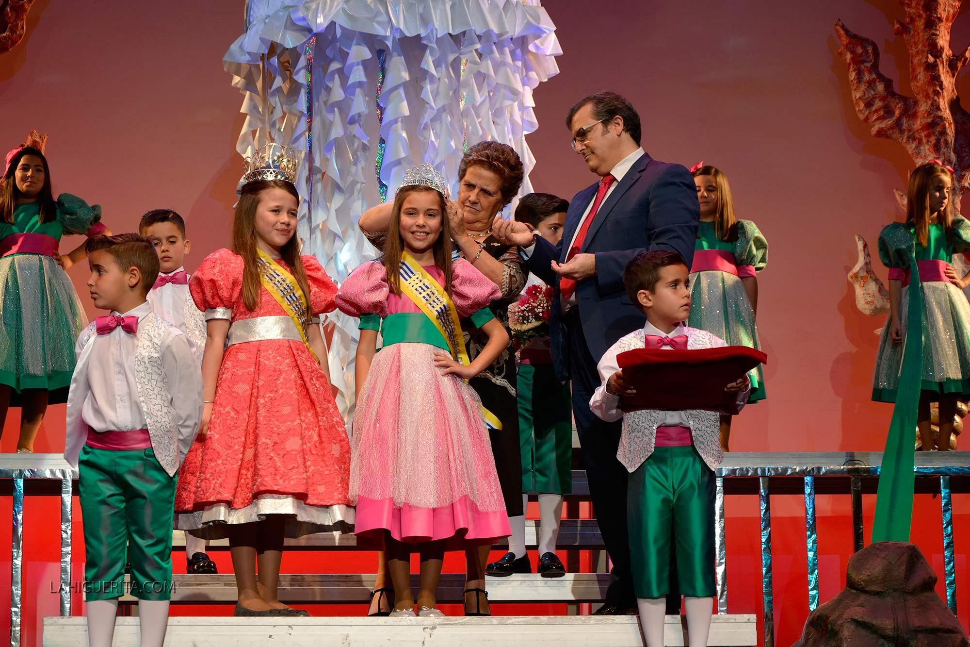 Coronación de la Reina infantil del Carnaval de Isla Cristina 2016