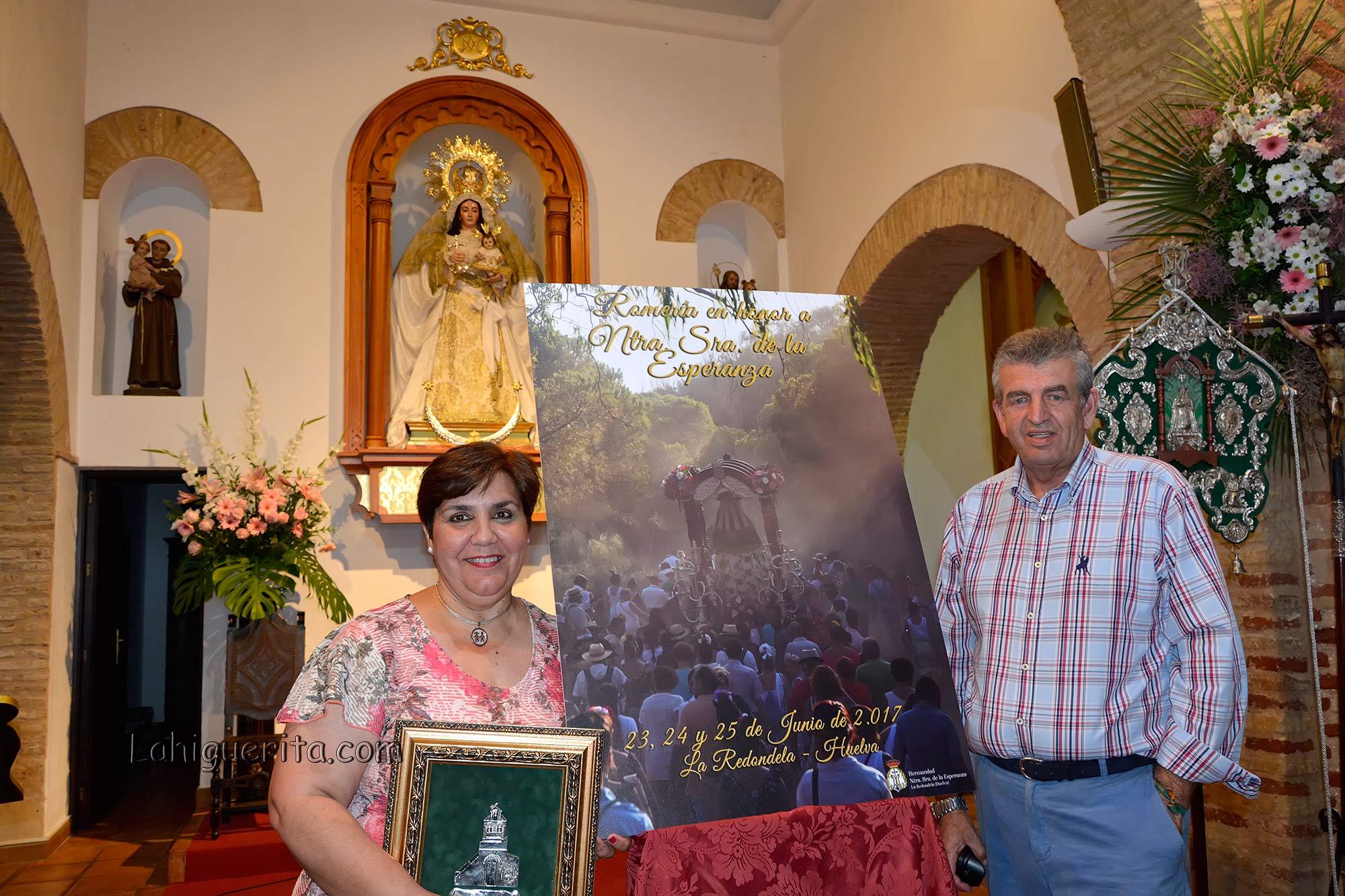 Presentacion del cartel realizado por Encarna González Mascareña para la celebración de la Romería de La Redondela 2017