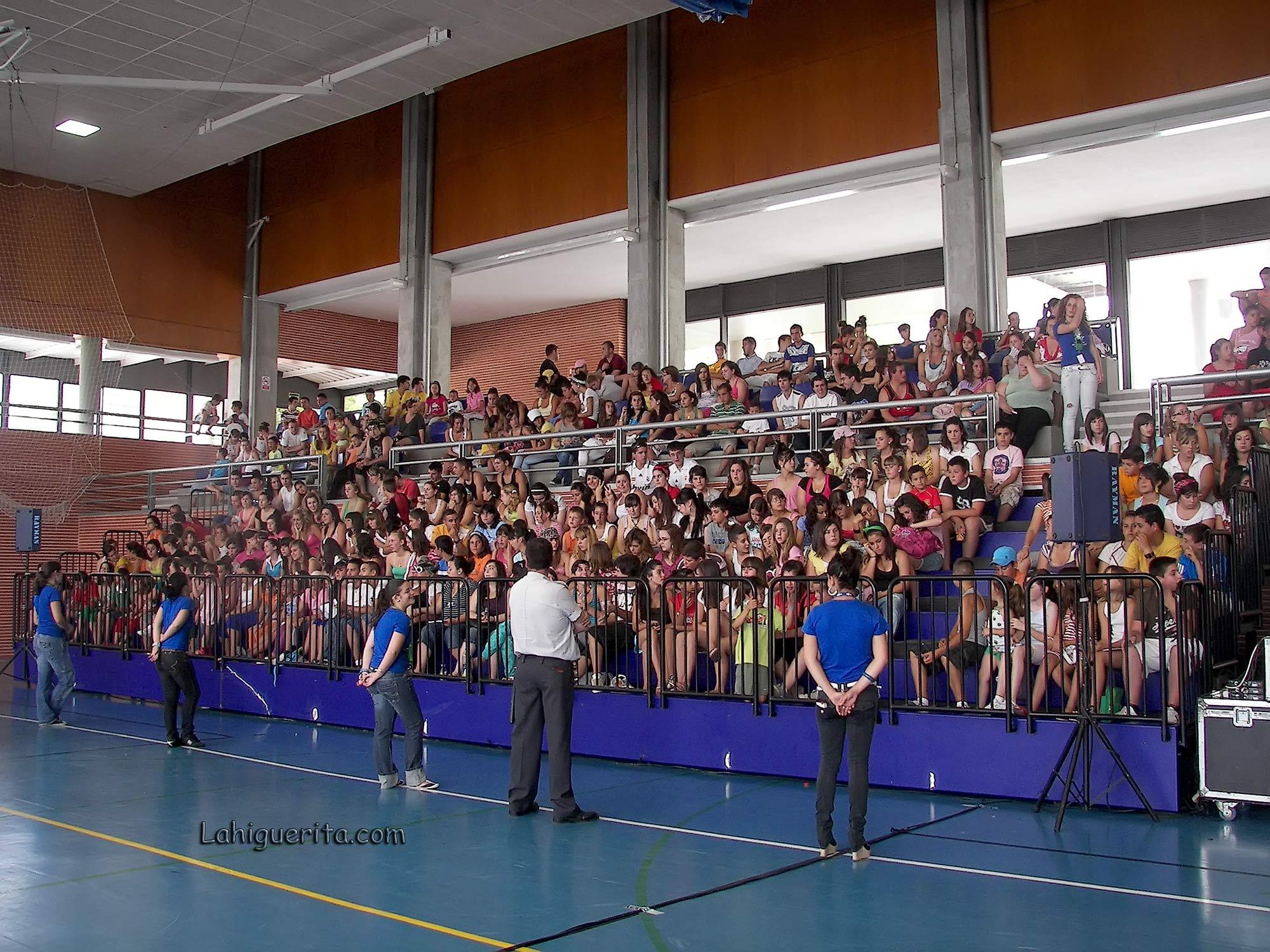 100_3773 fans fisica y quimica – Aguila Roja