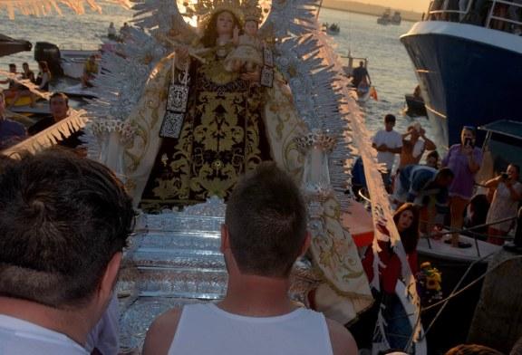 Canto de la Coral y Embarco de la Virgen del Carmen de Isla Cristina 2018