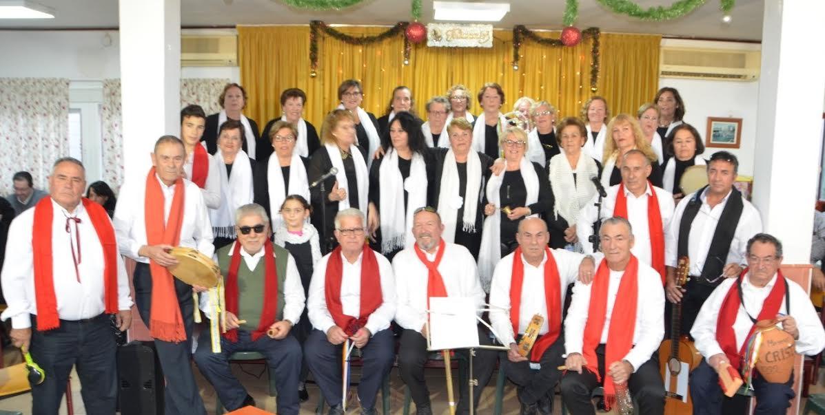 Convivencia navideña en el Centro de Mayores de Isla Cristina