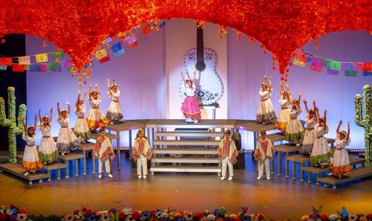Coronada la Reina Infantil de los Carnavales isleños