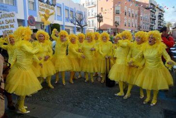 Lunes de disfraces en el Carnaval de Calle de Isla Cristina 2019