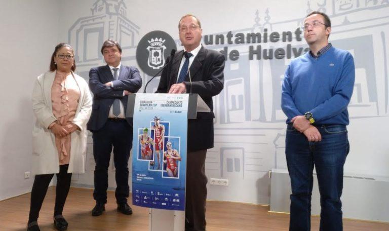Presentación de la Copa Europa y Campeonato Iberoamericano Triatlon Huelva 2019