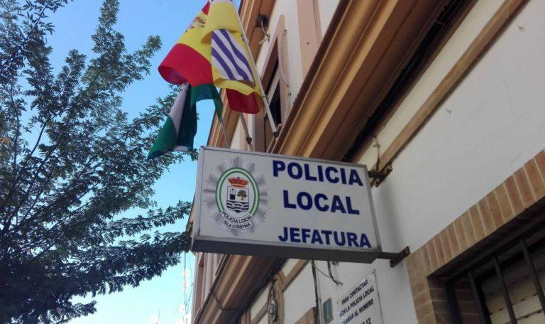 Evitan la muerte de un hombre en Isla Cristina al cortar la cuerda con la que se había colgado por el cuello