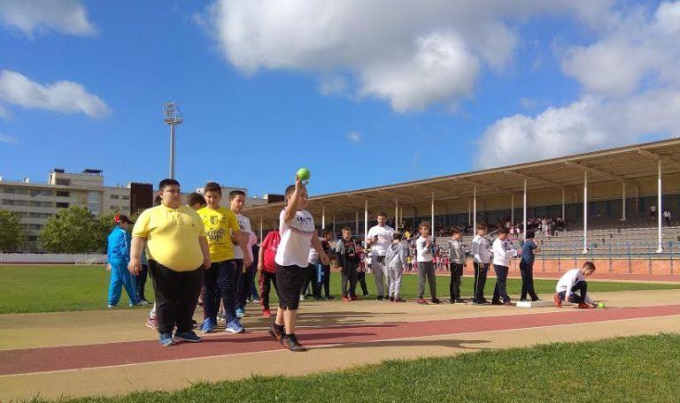 Los escolares isleños celebran sus miniolimpiadas