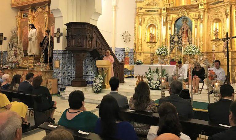 Pepa Sosa ha sido la encargada de pregonar a la Hermandad del Rocío de Isla Cristina